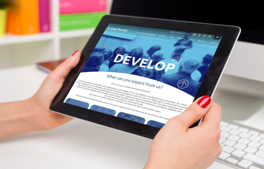 Tablet responsive website development