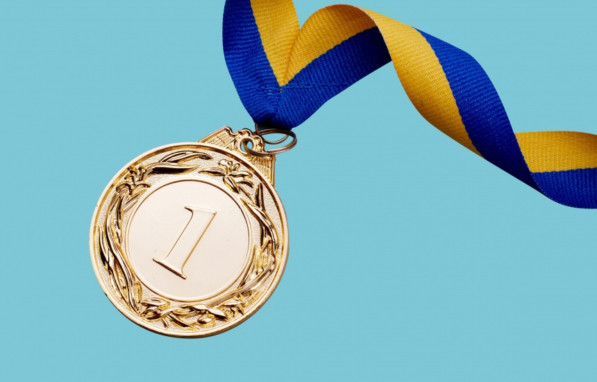 Winner medal photography
